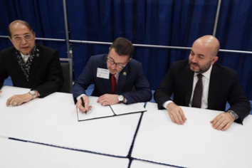 FIABCI and NAR sign Memorandum of Understanding